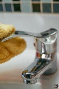 Krómozott tárgyak ápolása a fürdőszobában is