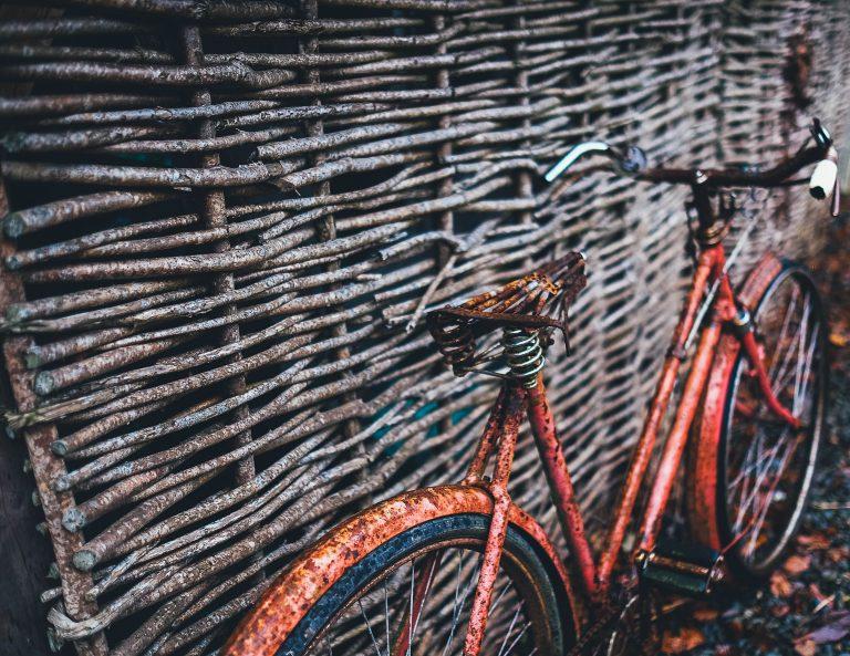 Régi krómozott bicikli
